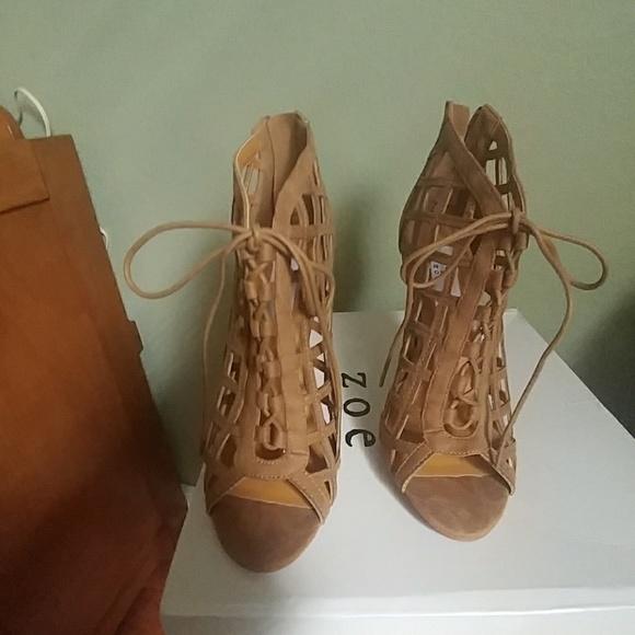 d8f276b5db894 Chelsea   Zoe cage sandal